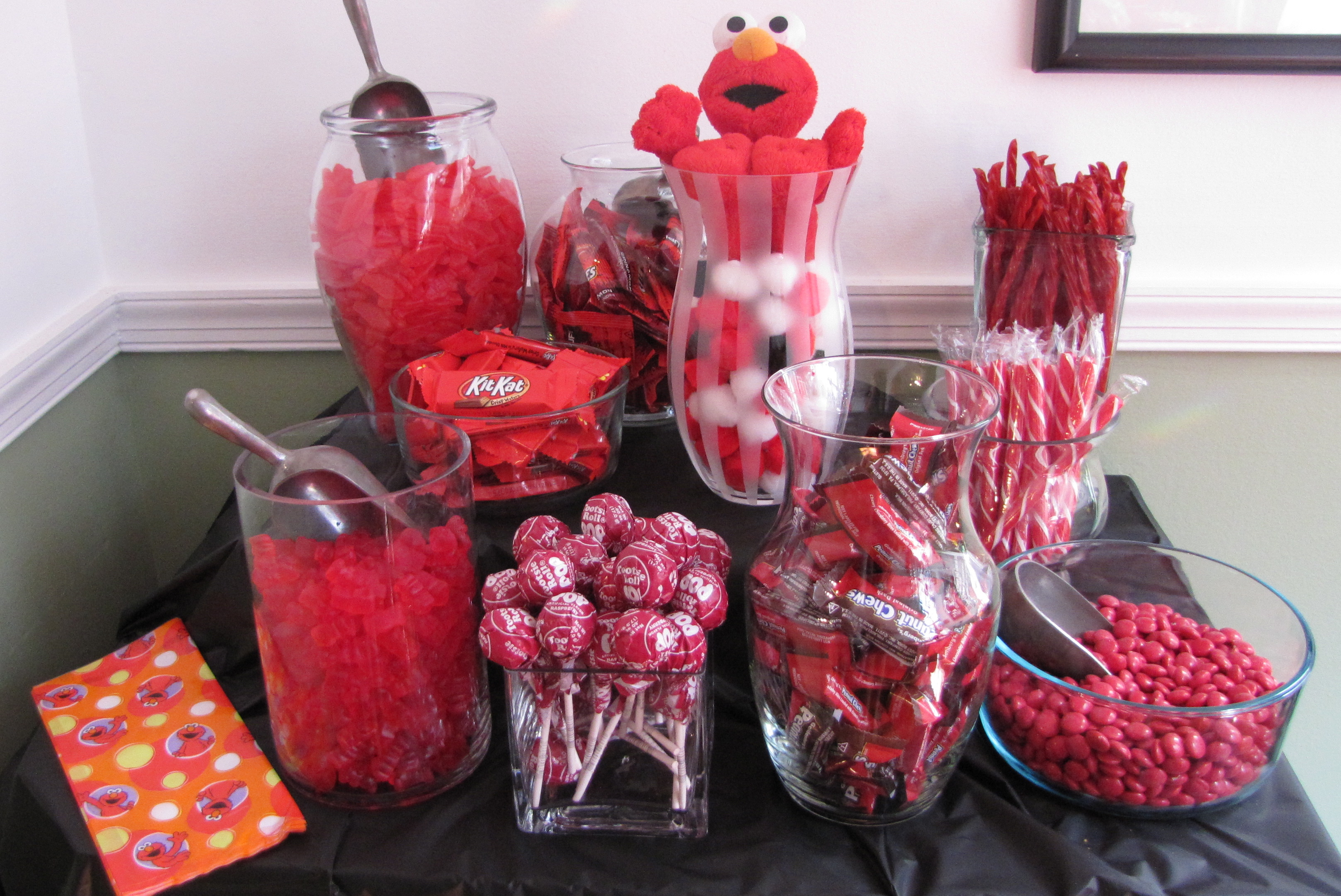 Elmo Themed First Birthday Party Diy Style Ups And Downes
